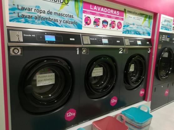 lavandería autoservicio con monedero
